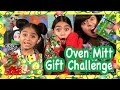 Oven Mitt Christmas Game : CHALLENGES // GEM Sisters