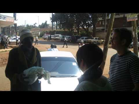 Hilarious singer in the streets of Nyeri, or how you get nicknamed ;) (min.1:35)