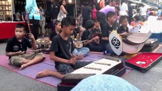Gambar cover Walking Street Krabi-Thailand 17-06-11