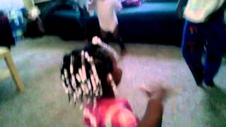 Hilliarious kids dancing to booty me down