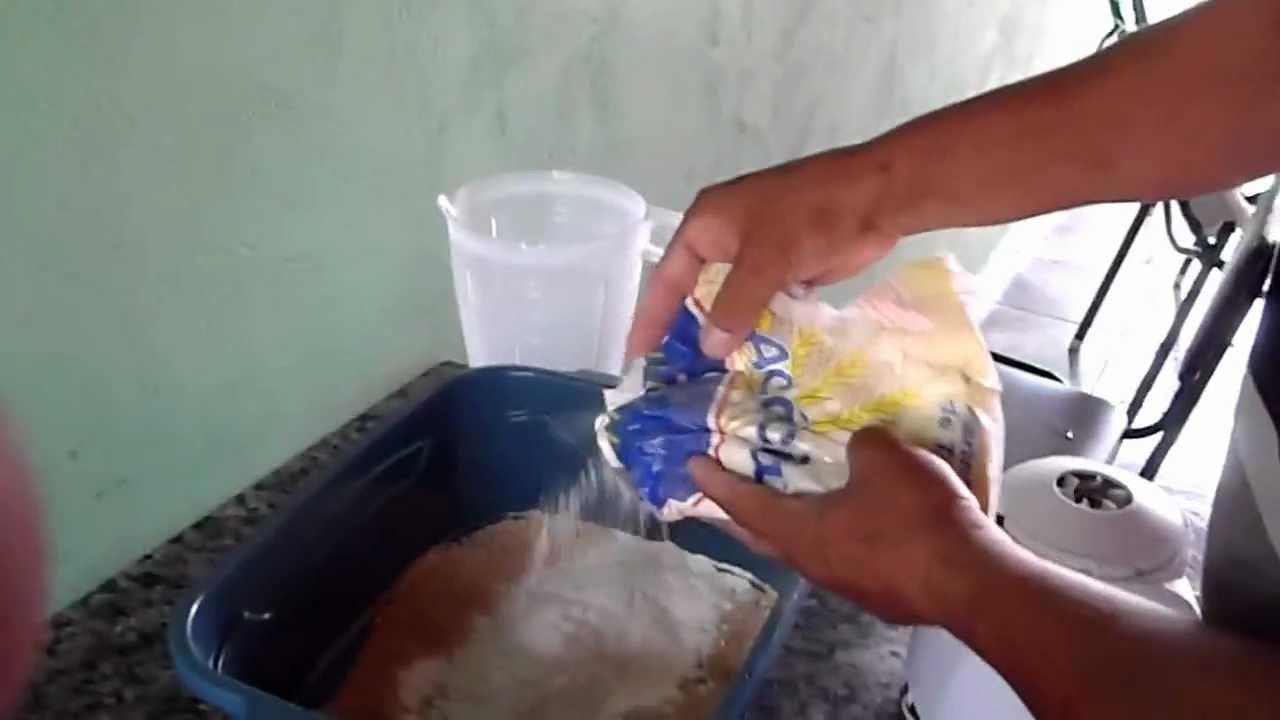 Como preparar massa para pescar curimbas e til pias com for Como hacer piscinas para tilapias