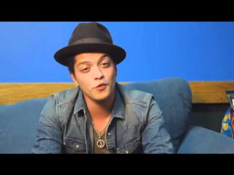 bruno mars new funny or awesome moments youtube. Black Bedroom Furniture Sets. Home Design Ideas