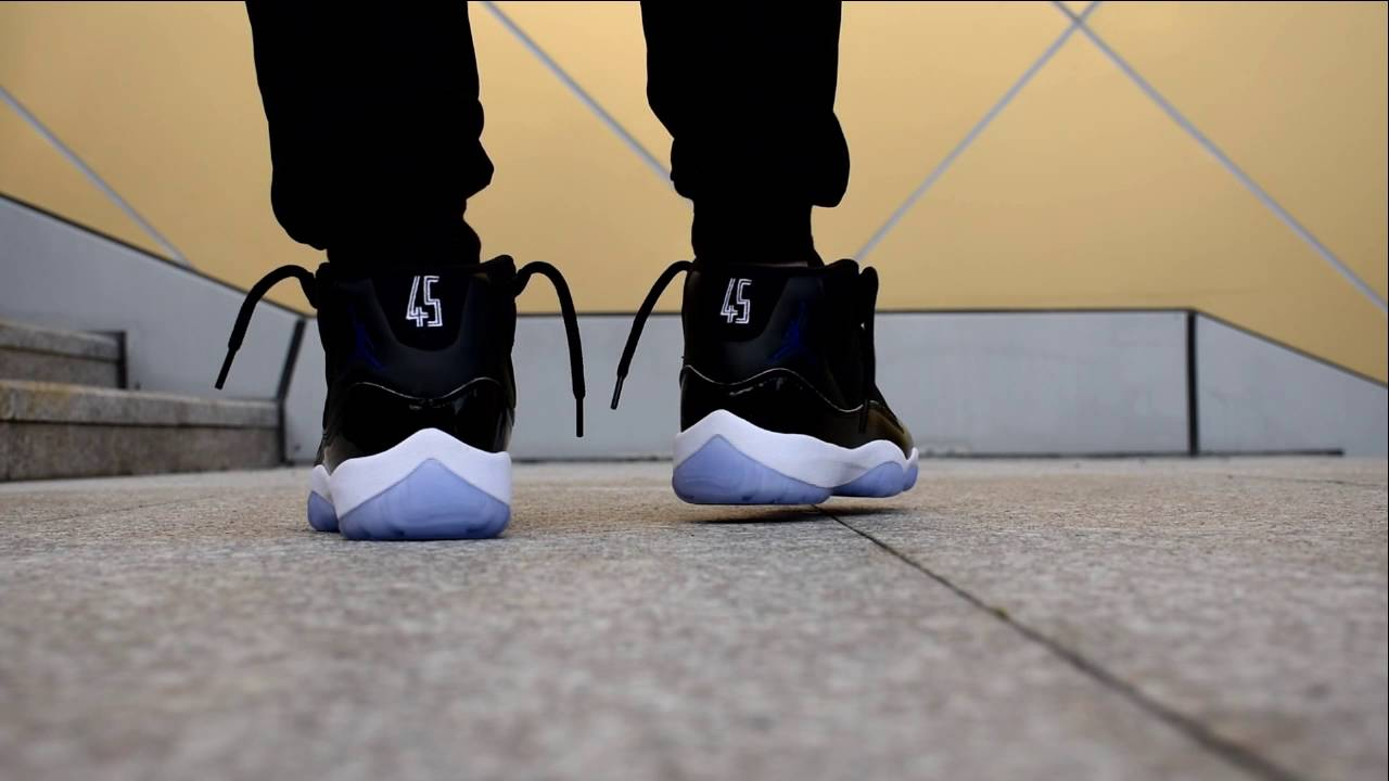 "cce66a99fd1fb4 Authentic Air Jordan 11 ""Space Jam"" 2016 on foot - sneakerjumpman   sneaker  jumpman - YouTube"