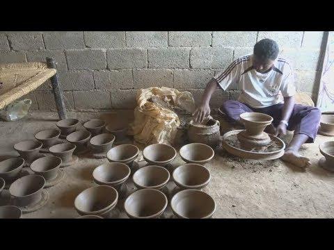 الحياة تقسو على صانع فخار يمني  - نشر قبل 2 ساعة