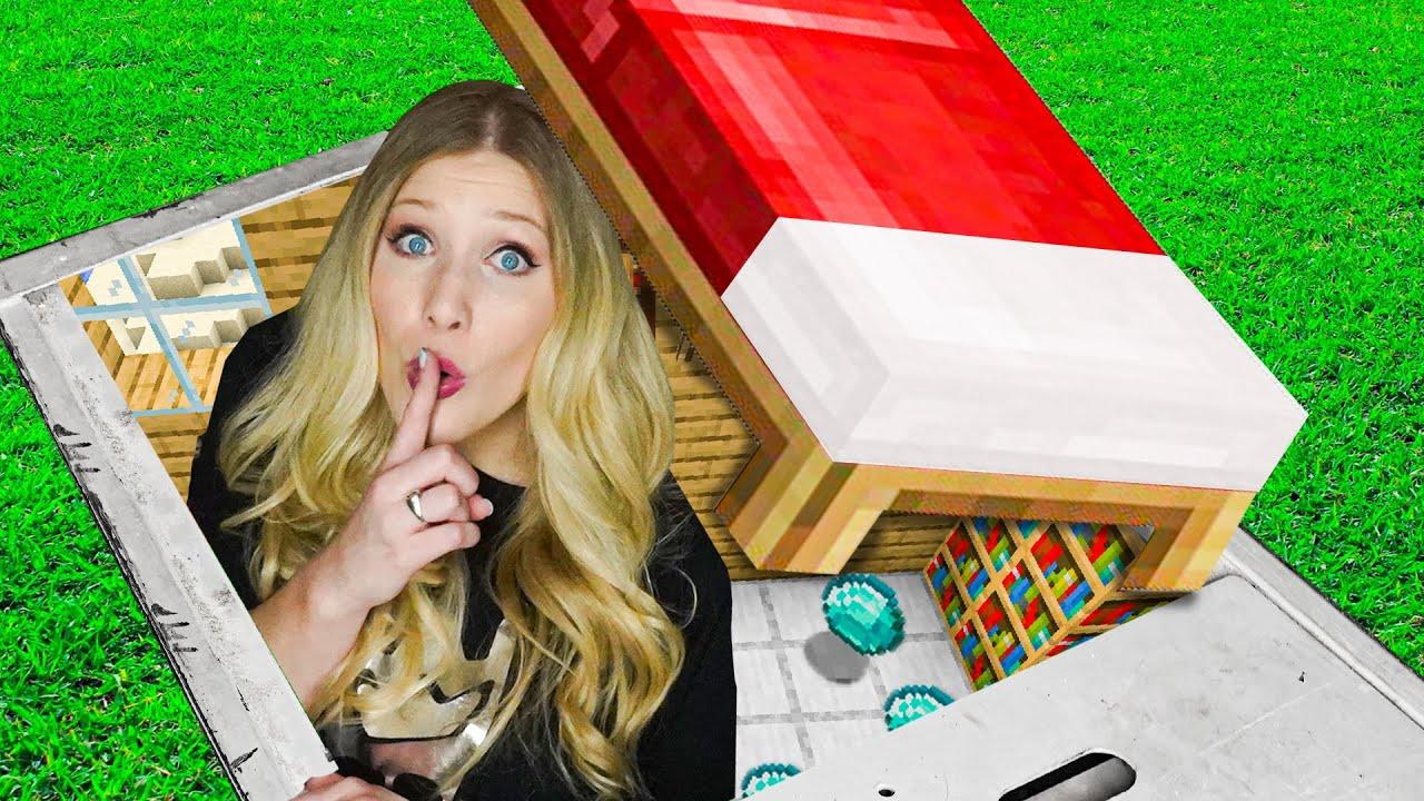 I Built a SECRET Minecraft City! *hidden*