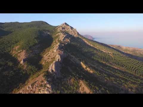 Крымские горы в окрестностях Солнечной долины
