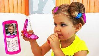 ダイアナが友達からの訪問の準備をしている  子供向けのビデオ  Japanese