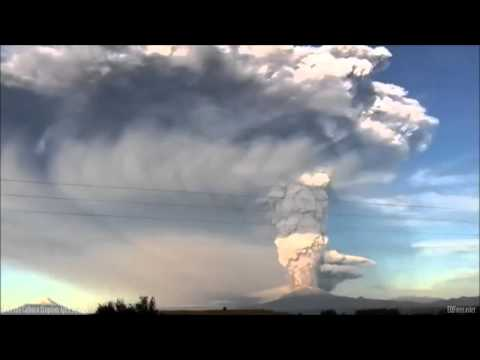 Calbuco Volcano In Eruption Southern Chile   April 22, 2015