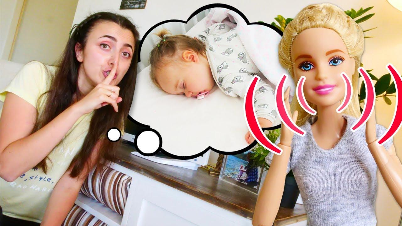 Barbie Sevcan 'ın evinde bebek Derin'in uykusunu kaçırıyor. Bebek bakma videosu