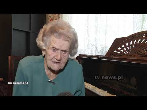 108 Year Old Pianist Doesn't Let Age Stop Her Playing