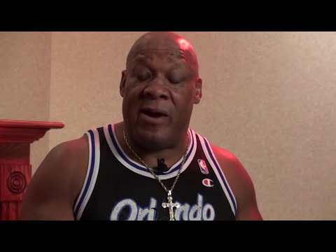 Tony Atlas - Which Divas Has The Best Feet? + Tony Atlas Obsessed With Chyna?