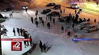 Подростки «нахлобучили» двух полицейских   Видео