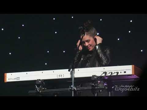 19/23 Tegan & Sara- Friday Night Vibes @ Moore Theatre, Seattle, WA 10/27/17