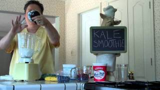 Green Kale Fruit Smoothie With Greek Yogurt