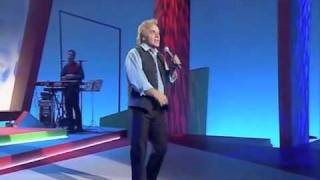 FREDDIE STARR SINGING I Don