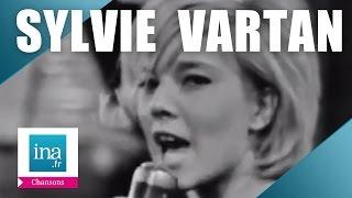 "Sylvie Vartan ""Le Loco-motion"" (live officiel) - Archive INA"