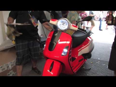 Superlilvespa Custom Vespa by Transportation Revolution & Vespa Motorsport!
