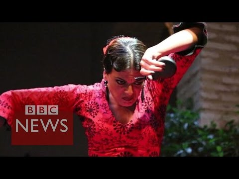Flamenco: Last of the castanet makers? BBC News