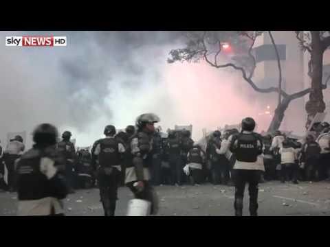 Rival Groups Protest In Venezuela