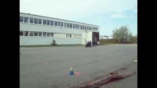 MotoBike45 28.4.12 Knieschleifen mit Flügelmotorrad in Mettmann.