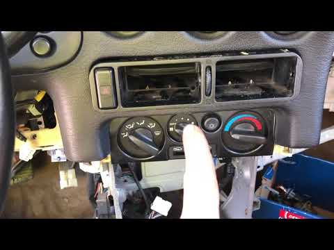 Removing Center Dash Vents On A 3000GT/ Stealth