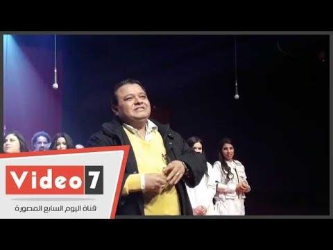 كيف رحب خالد جلال بالمخرج الكبير جلال الشرقاوى عند حضوره مسرحية - سلم نفسك-  - نشر قبل 8 ساعة