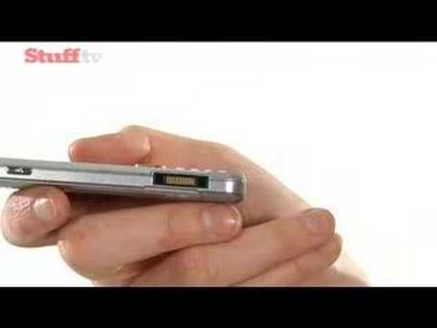 Sony Ericsson W890 - hands on video review from stuff.tv
