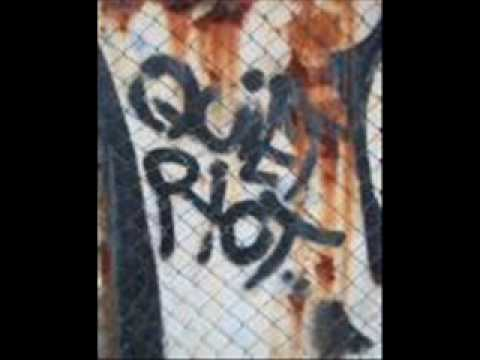 Quiet Riot - Come on feel the noise - YouTube