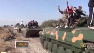 ما دلالة القصف المتبادل بين تنظيم الدولة وإسرائيل؟
