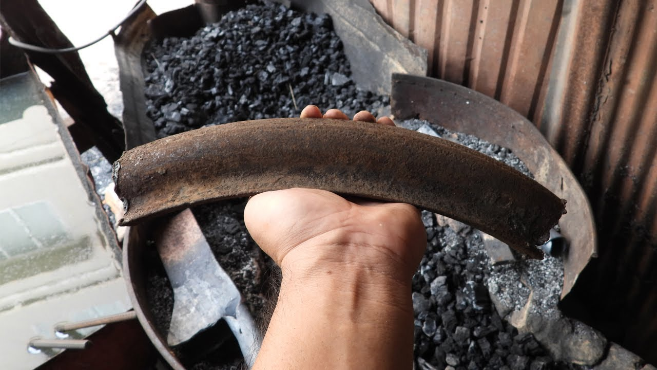 Knife Making  - Forged A Sharp Machete Knife Out of Rusted Tubeless Truck Wheels