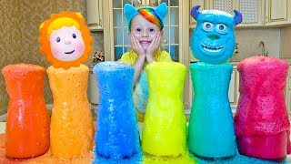 Colored foam and Funny kid singing Finger Family song for kids