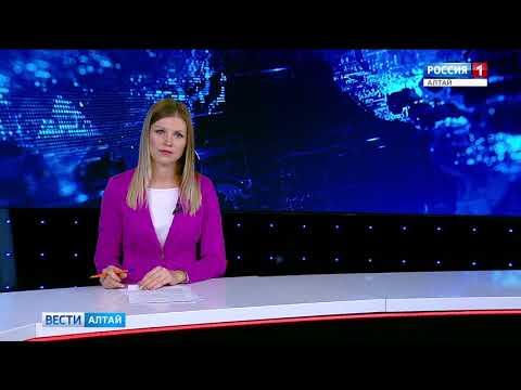 В центре Барнаула автомобиль влетел в остановку