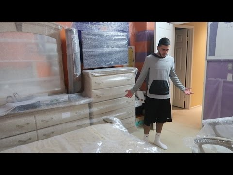 WRAPPING MY BROTHERS ENTIRE ROOM WITH BUBBLE WRAP!!