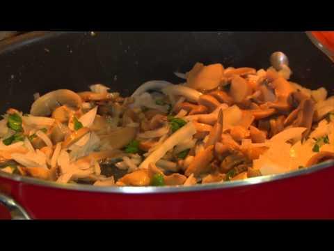 Vito's Italian Cucina  Chicken Cacciatore & Recipe
