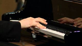 Video Scarlatti - sonata in D minor L.108 - Daniil Trifonov download MP3, 3GP, MP4, WEBM, AVI, FLV April 2018