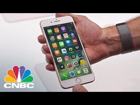 Apple Needs To Market 'Made-In-America' iPhones, Analyst Says | Squawk Box | CNBC