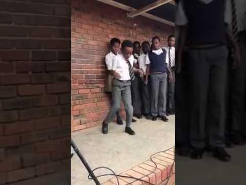 School danse in Africa