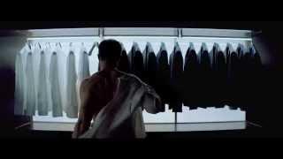 Cinquanta sfumature di grigio da domani al cinema - Chi è?