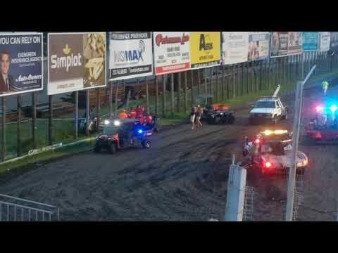 Hard car crash at River Cities Speedway (6/29/18)