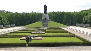 Soviet War Memorial - Treptower Park - Berlin