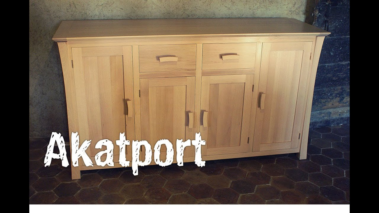 fabrication d 39 un buffet en bois de h tre youtube. Black Bedroom Furniture Sets. Home Design Ideas
