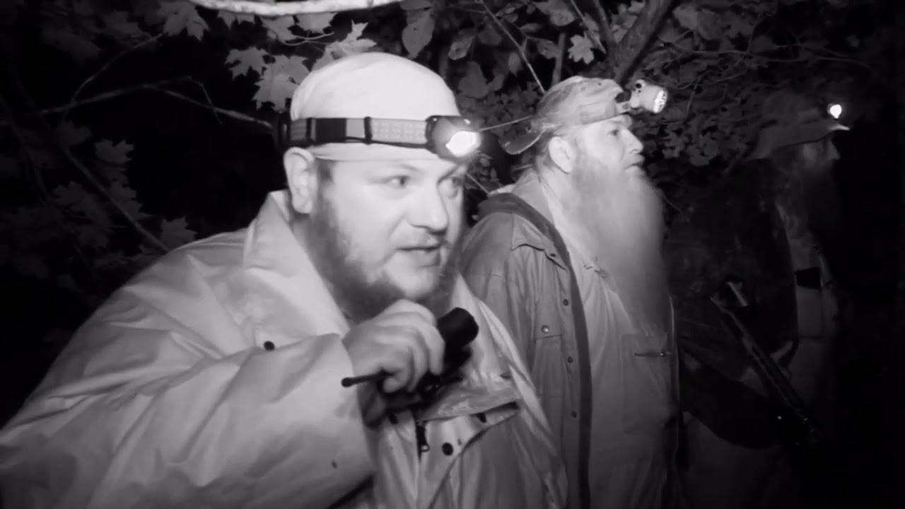 Mountain Monsters New Season 2020.The Aims Team Catch The Cloaked Figure Mountain Monsters
