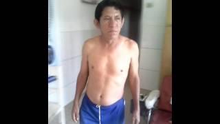 Paciente Francisco Rojas espinoza  en su tercera sesión de fisioterapia y quiropraxia ancestral