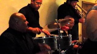 """Adalberto Bravo y su Orquesta (canta Henry Quintana) - """"Lloraras"""""""