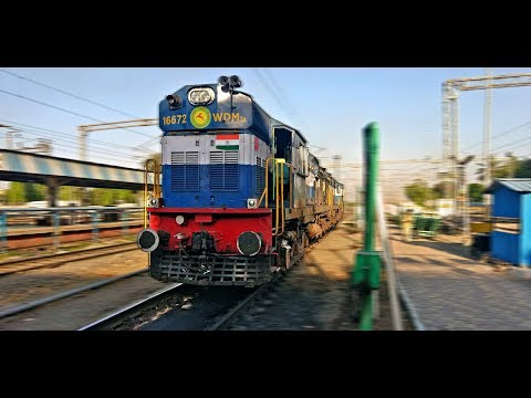 Electric to Diesel LOCOMOTIVE Change at Daund Jn : NAGERCOIL Express (Indian Railways)