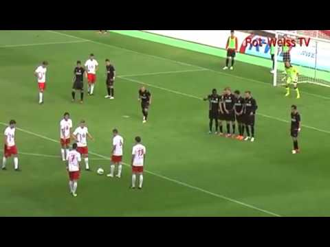 Six players from German lower league team combine for brilliant free-kick