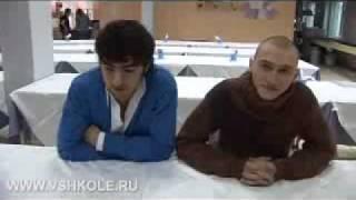 Михаил Исаханов и Алексей Маслодудов в сериале Школа