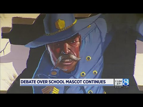 Alum: Not much support for keeping Rebels mascot as-is