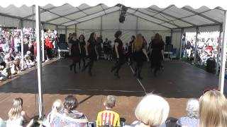 Reading Adult jiggers performing at Bunkfest - Jig Medley (part 2)