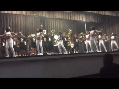 Bogalusa High school playing Nobody does it better